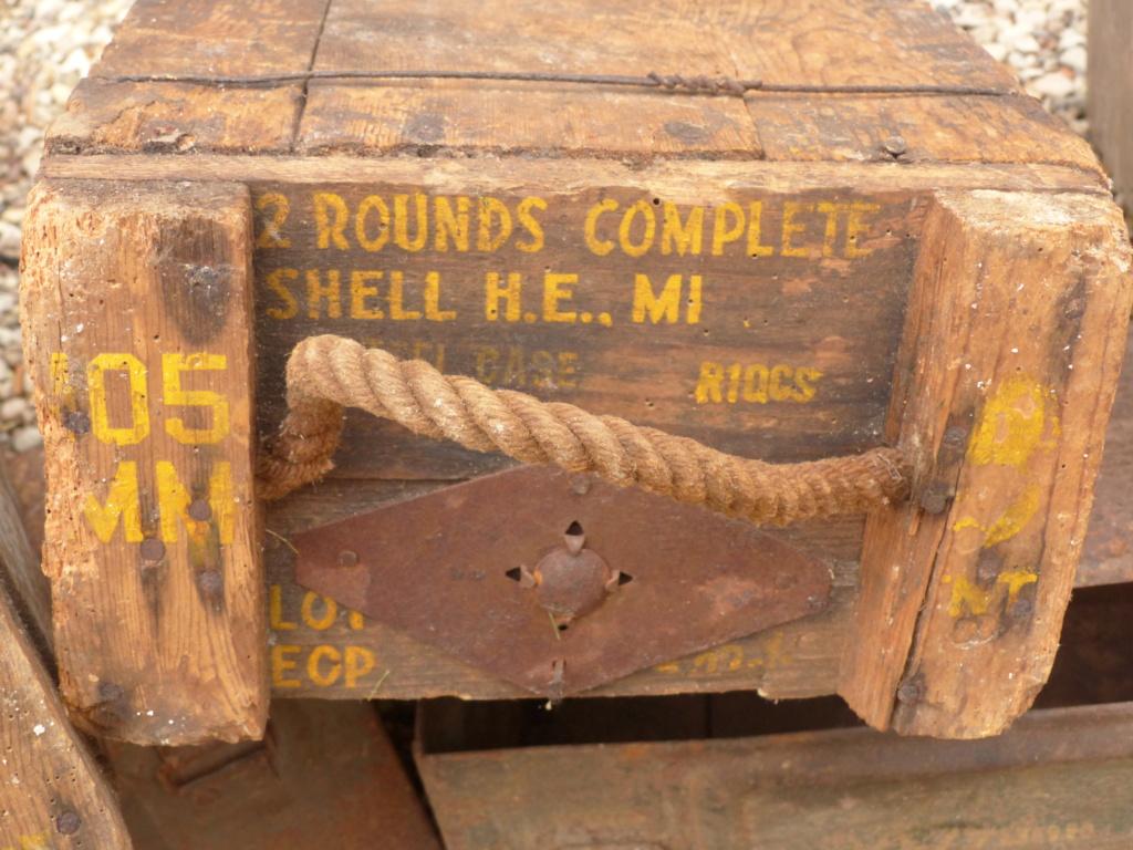 caisse de 105 mm et mine anti char US ww2  P1040315