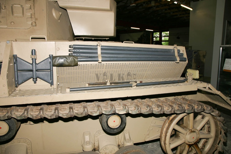 PANZER IV...il mio primo carro rc - Pagina 4 Img_2011