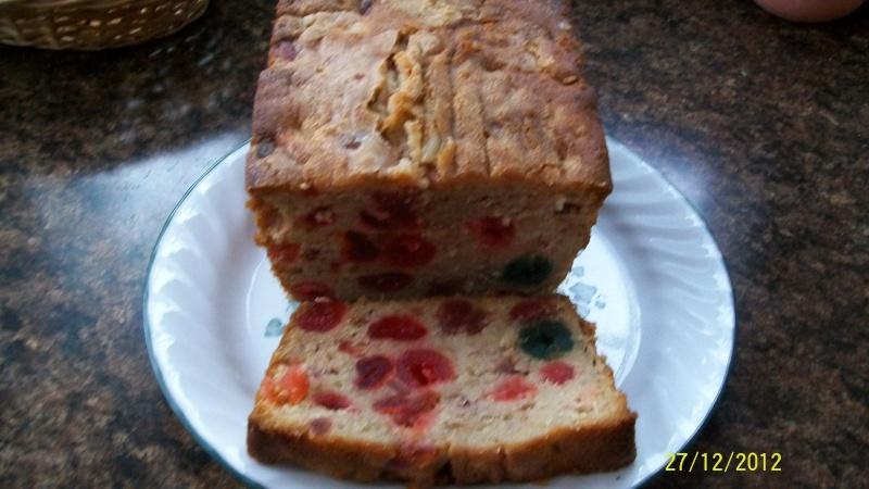 Pain-gâteau aux fruits 100_3512