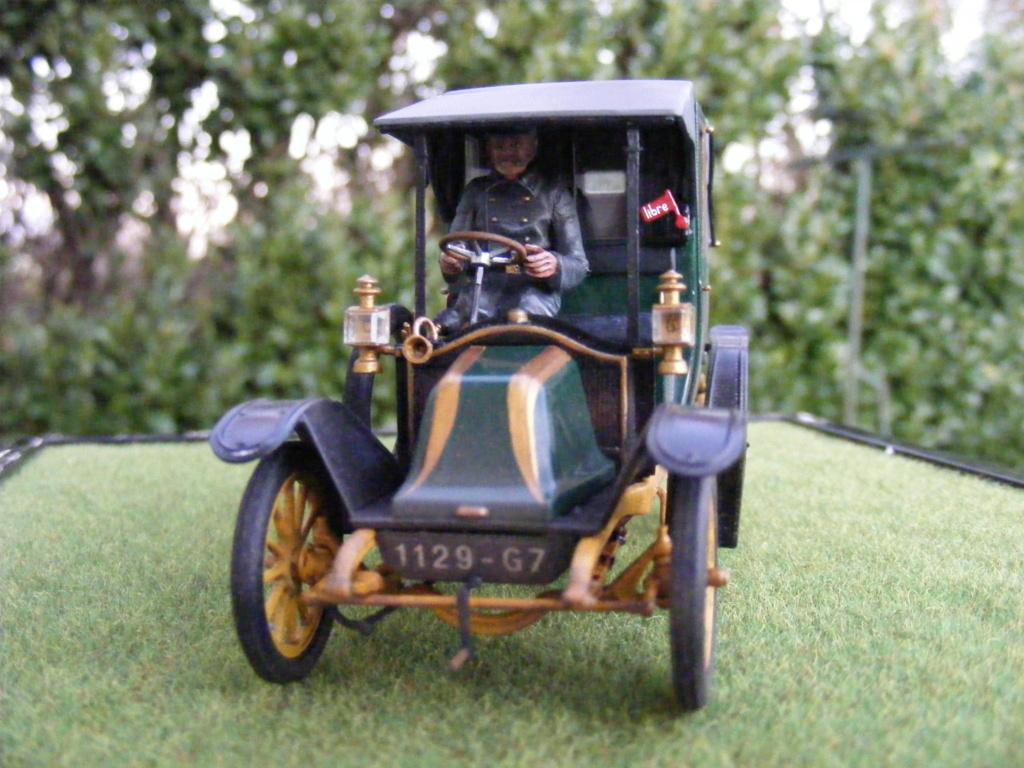 Renault Taxi de la Marne 1914  avec figurines (kits ICM 1/35) - Page 2 Dscf8468