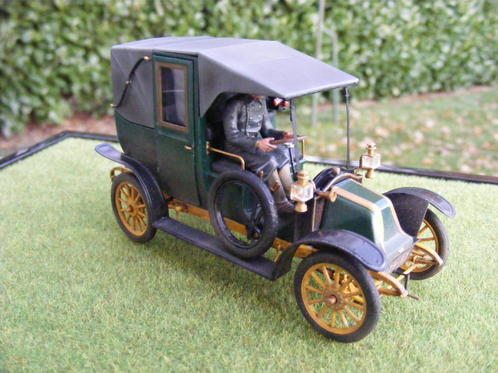 Renault Taxi de la Marne 1914  avec figurines (kits ICM 1/35) - Page 2 Dscf8469