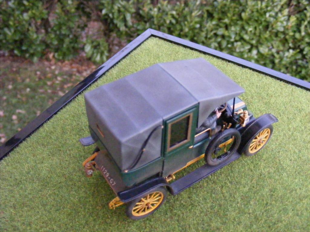 Renault Taxi de la Marne 1914  avec figurines (kits ICM 1/35) - Page 2 Dscf8473