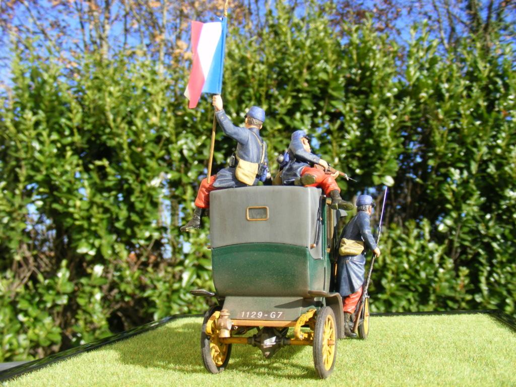 Renault Taxi de la Marne 1914  avec figurines (kits ICM 1/35) - Page 2 Dscf8480