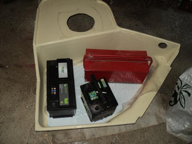 réparation bac douche et installation fixe d'un coffre Plasti11