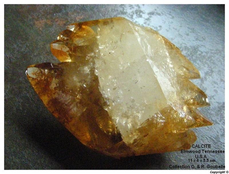 Calcite  Elmwood Tennessee  U.S.A. Calcit10