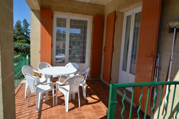 Vos vacances en Cévennes Gite la pivoine, 30350 Lézan (Gard) Terras11