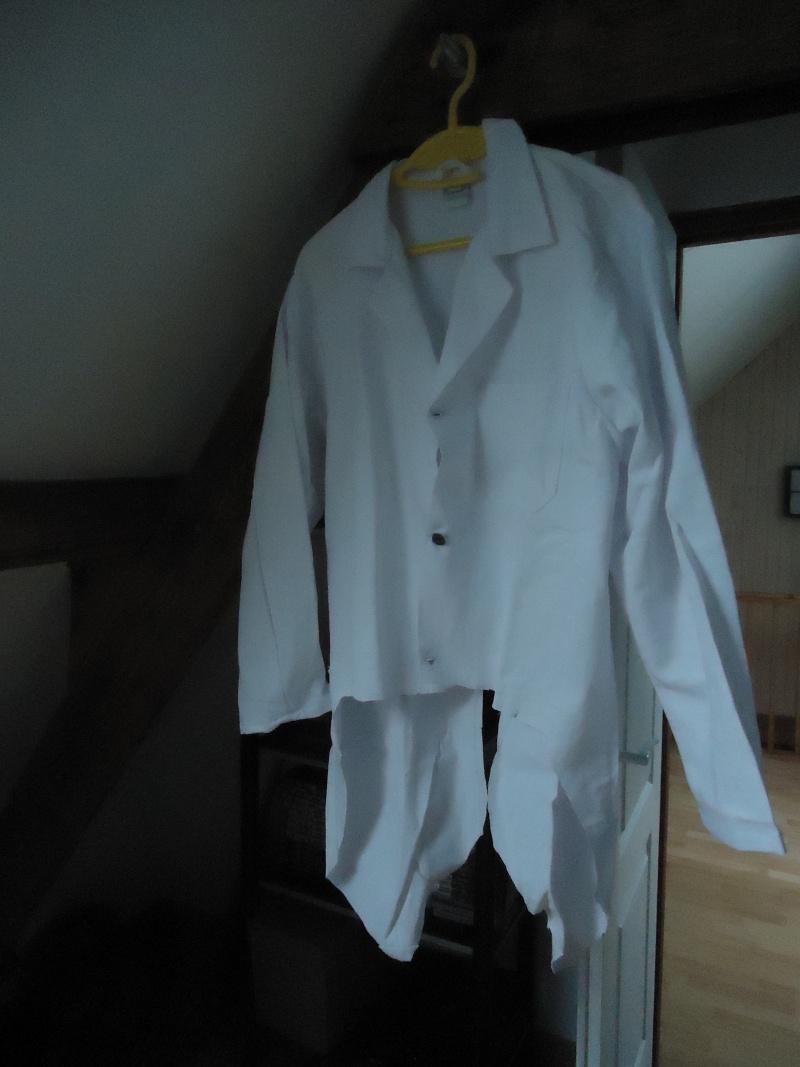 evolution costume professeur layton Dsc01111