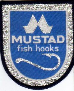 Annonces 1 badges brodés en tissu de marques Mustad11
