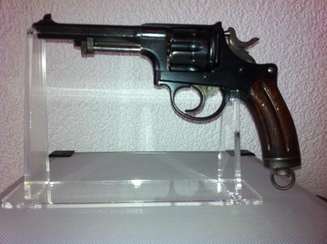 Revolver d'ordonnance 1882 Suppor10