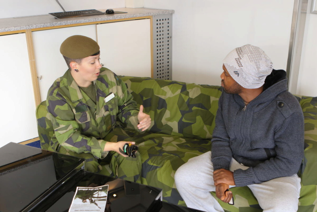 M90 Splinter Recruiting  Couch 15091110