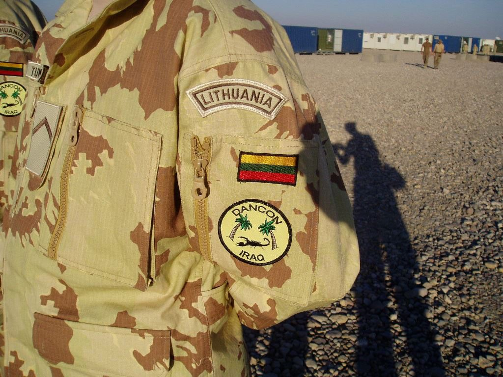 LITHUANIAN DESERT CAMOUFLAGES - Page 2 Baner-10