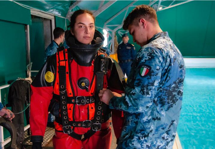 New Italian Navy uniform  Chiara11