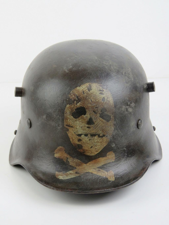 German (?) helmet symbol identification  H2843-10
