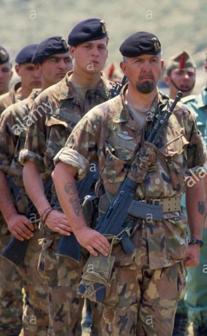 Italian Marines and Navy photos. Soldie12