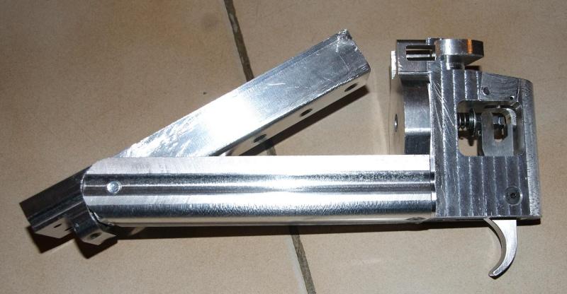 fabrication d' un M 79 en acier alu PVC Montag13