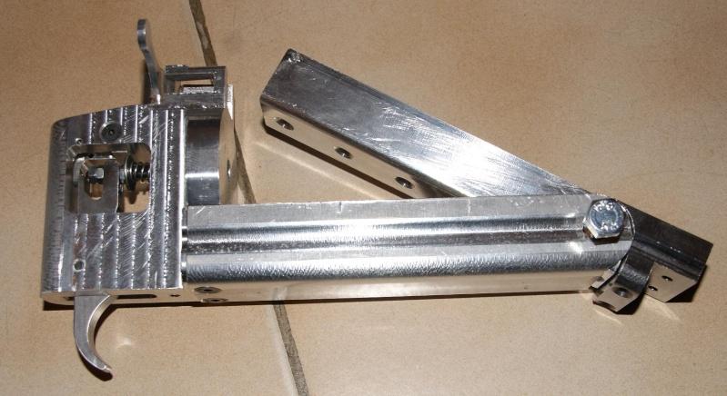 fabrication d' un M 79 en acier alu PVC Montag14