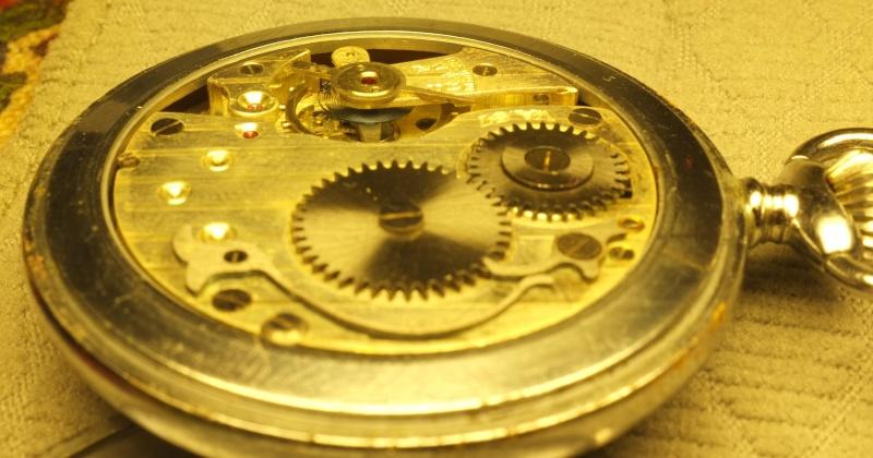 blocage d'une montre mécanique Gen_co10
