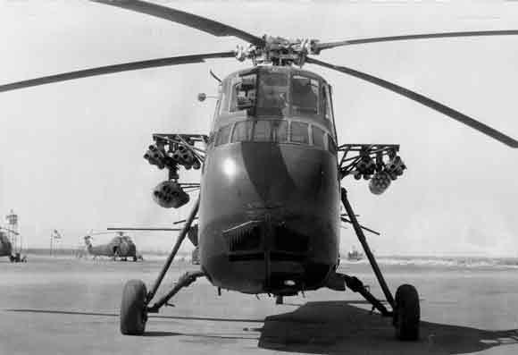 Un des premier H-34 armé Mammouth du colonel Brunet  H34_al10