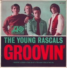 THE YOUNG RASCALS 73421010