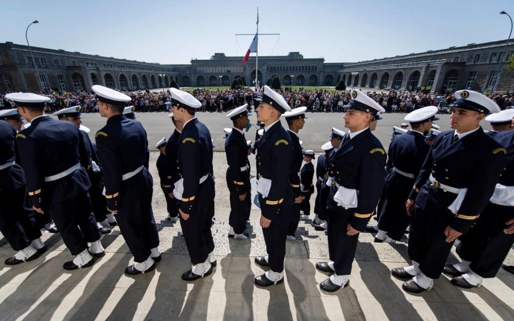 Uniforme et tenues des marins Maistr10