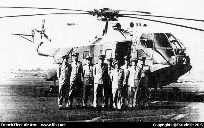 Les hélicos durant & à la sortie  la Seconde Guerre Mondiale Super-10