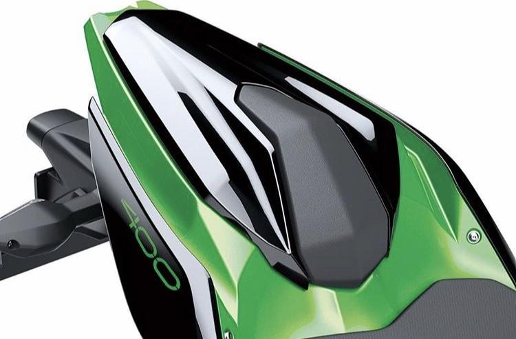 Les accessoires officiels Kawasaki  D444d210