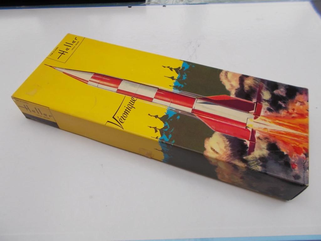 Fusée VERONIQUE 1/30ème Réf DN 752 Dscn3314