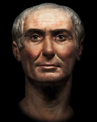 [Latin 3e] portrait/autoportrait et monuments commémoratifs guerre Czosar10