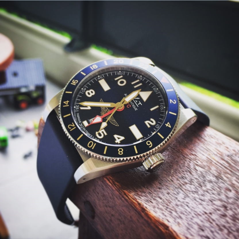 Montres MATWATCHES - Mer Air Terre - Page 34 Mat10