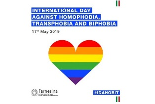 [IT] Competizioni per la Giornata contro l'Omofobia su Habbo.it 17maec10