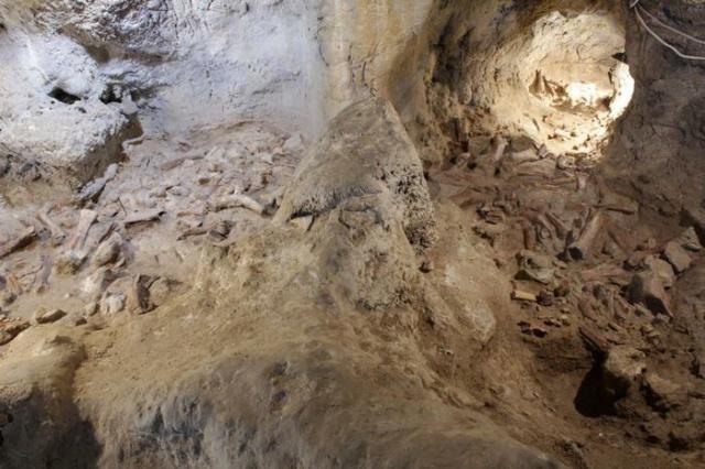 Ritrovati al Circeo i resti di 9 uomini del Neanderthal 57f1a710
