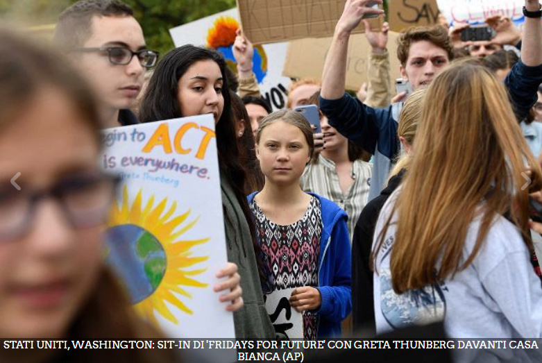 La protesta di Greta Thunberg davanti alla Casa Bianca Gretha10