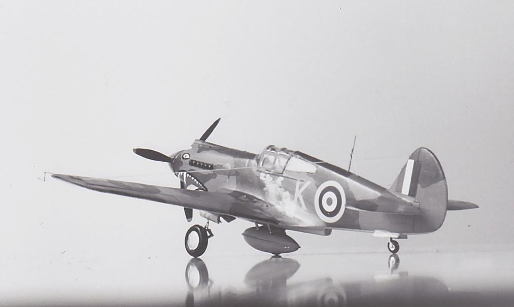 [Academy] - Curtiss P-40 Tomahawk Mk IIb Academ14