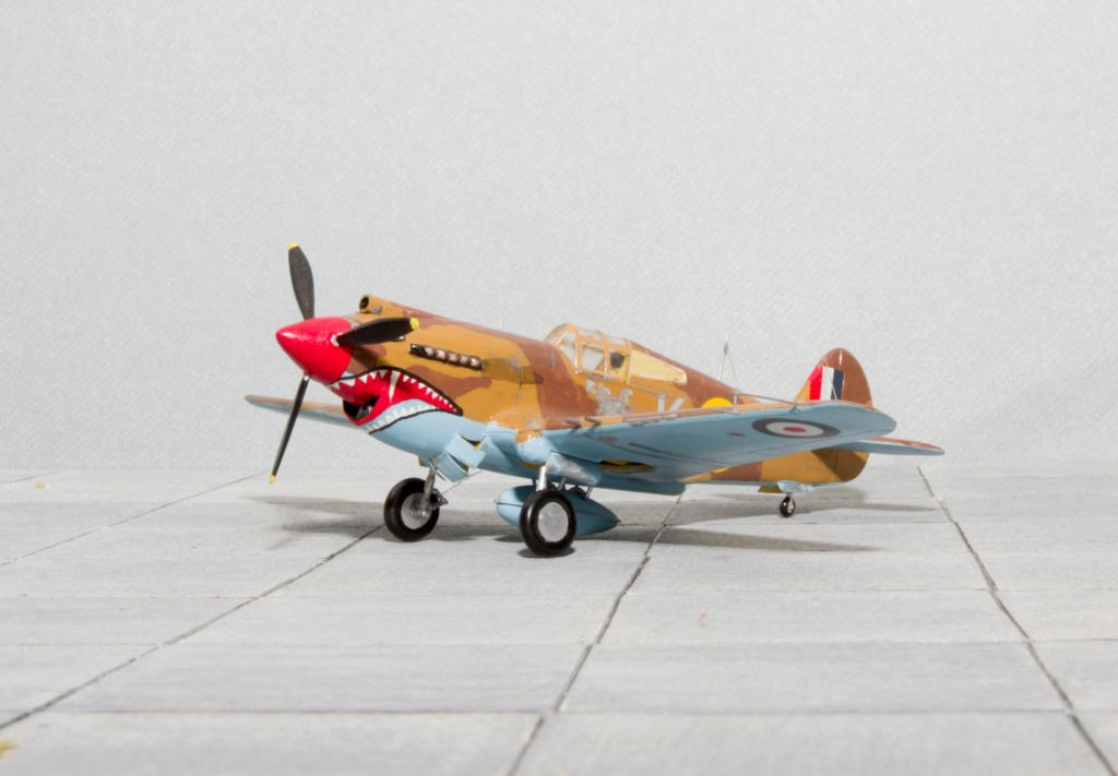 [Academy] - Curtiss P-40 Tomahawk Mk IIb Academ16
