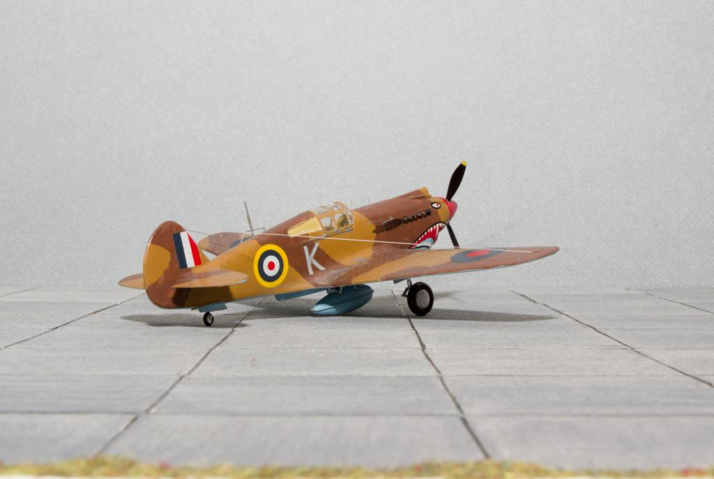 [Academy] - Curtiss P-40 Tomahawk Mk IIb Academ19