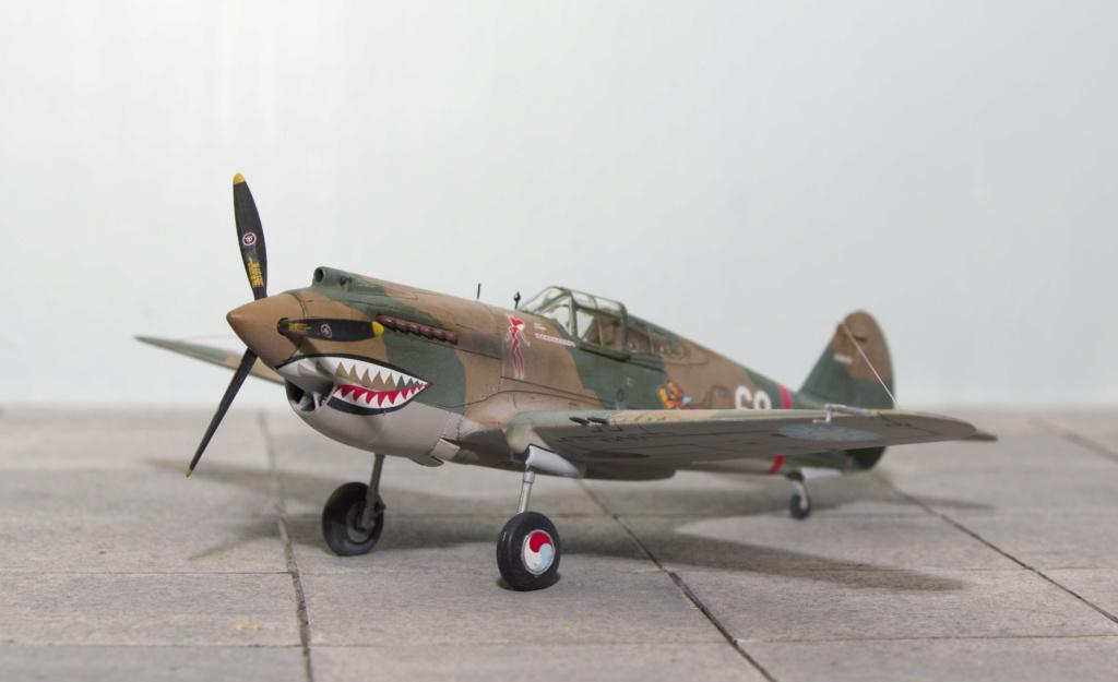 [Academy] - Curtiss P-40 Tomahawk Mk IIb Airfix26