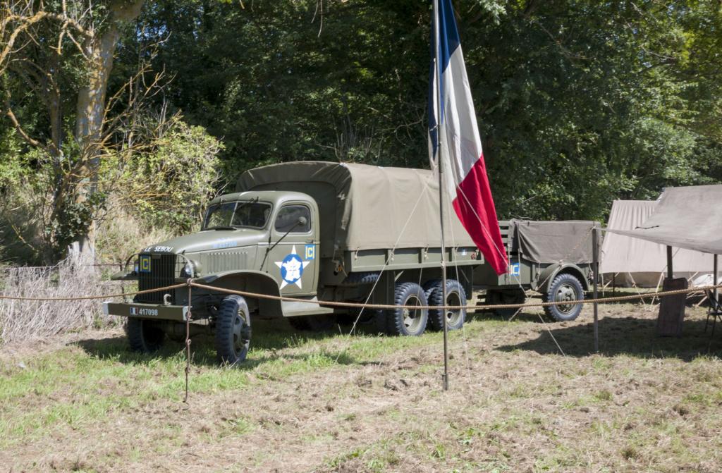30 août au 1er septembre: Camp militaire commémoratif de la libération au Tréport L1010113