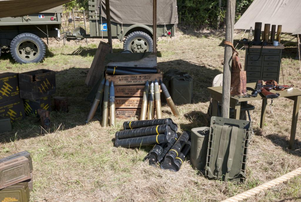 30 août au 1er septembre: Camp militaire commémoratif de la libération au Tréport L1010115