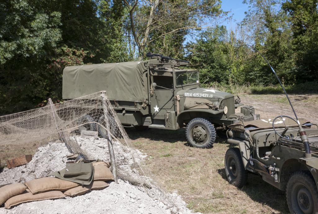 30 août au 1er septembre: Camp militaire commémoratif de la libération au Tréport L1010120