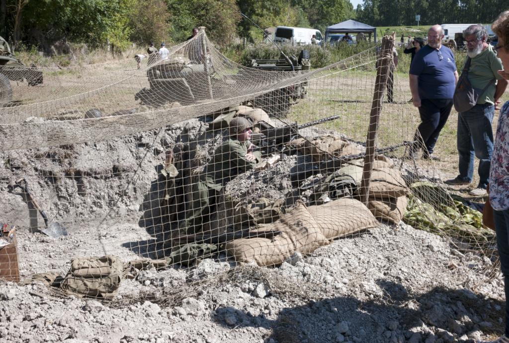 30 août au 1er septembre: Camp militaire commémoratif de la libération au Tréport L1010121