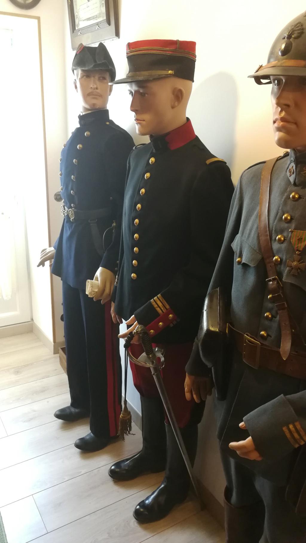Mannequin de capitaine en tenue 1893 Img_2025