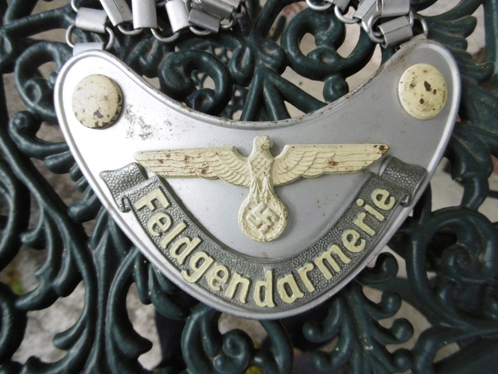 Hausse de col Feldgendarmerie R113