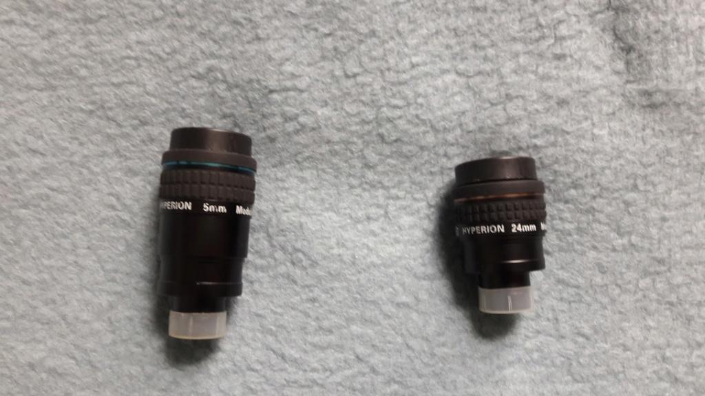 Oculaires, barlow et adaptateur à vendre 20190310