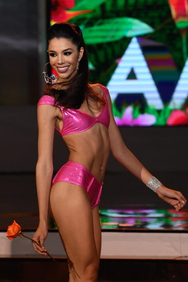 thalia olvino, top 20 de miss universe 2019. 000-1j12