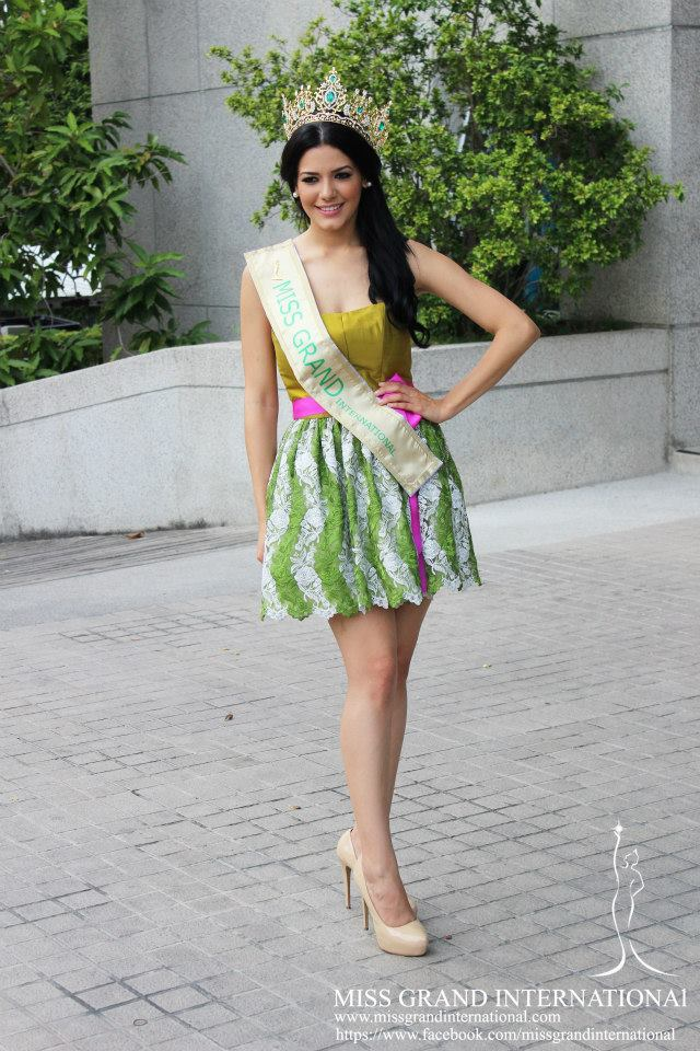 janelee chaparro, miss grand international 2013. - Página 5 10124710