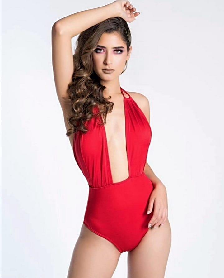 angela leon yuriar, top 21 de miss grand international 2020. - Página 3 10540410