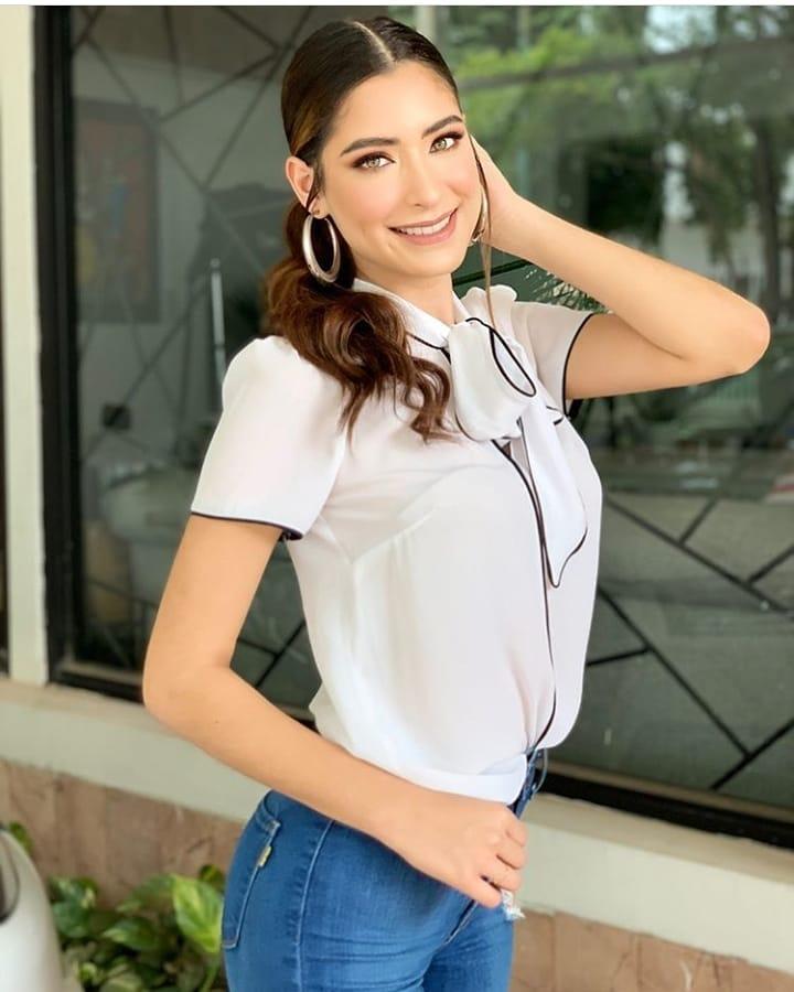 angela leon yuriar, top 21 de miss grand international 2020. - Página 2 10606010