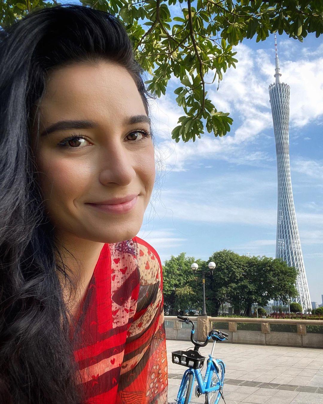 julia gama, miss brasil universo 2020/top 11 de miss world 2014. - Página 3 10626510
