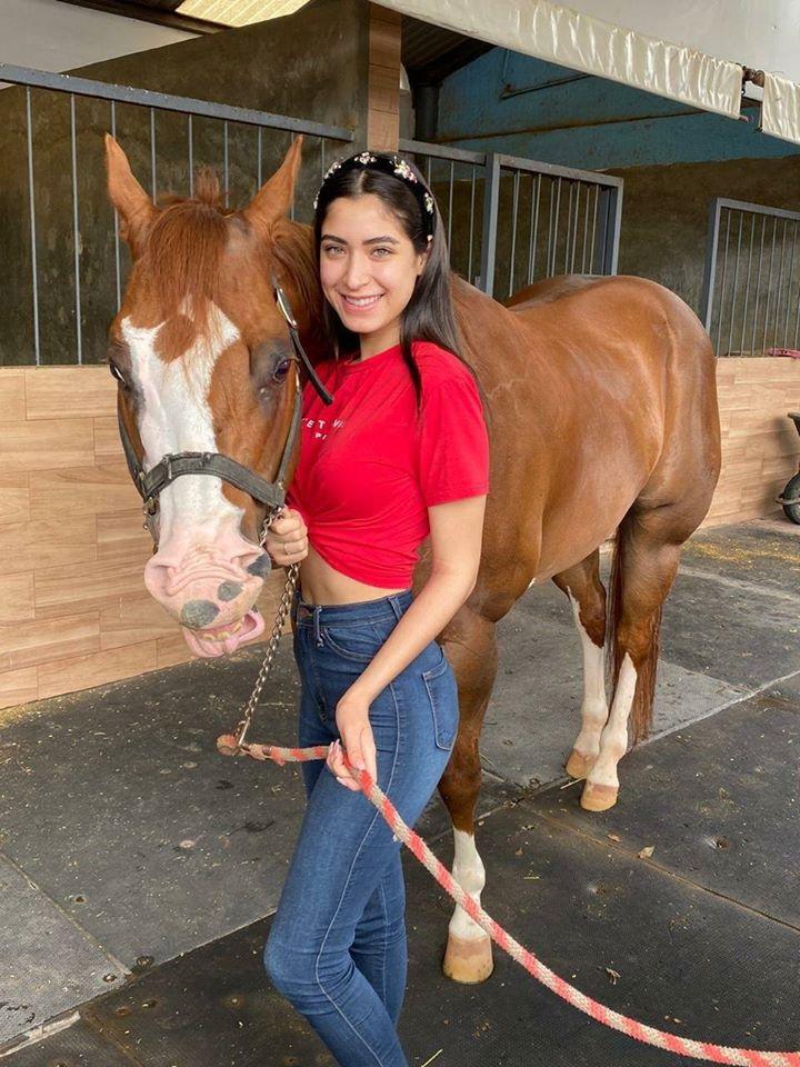 angela leon yuriar, miss grand mexico 2020. - Página 5 11680210