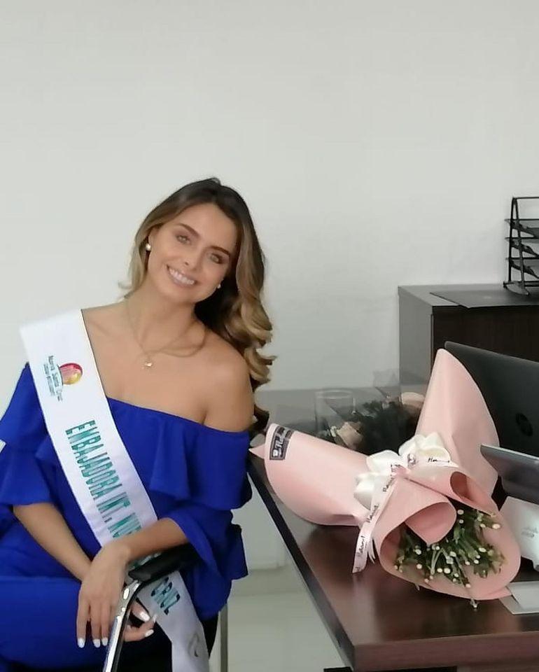 regina peredo, reyna hispanoamericana 2019. - Página 10 12459810